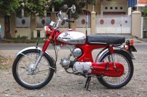 3 Motor Honda Jadul Yang Ngetren Pada Tahun 2014